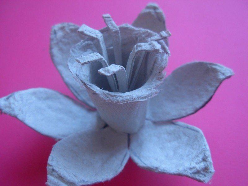 Egg-Carton-Daffodils6