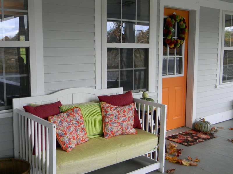 A porch seat (from 2LittleHooligans)
