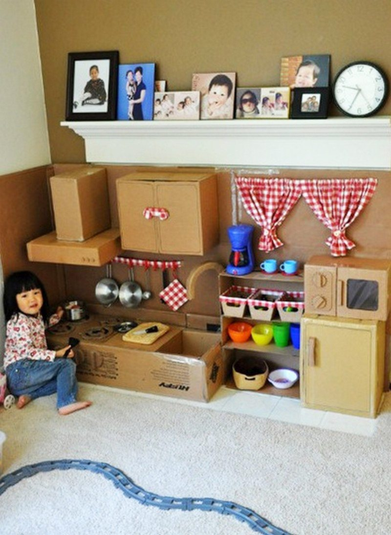 diy cardboard play kitchen little fingers page 2. Black Bedroom Furniture Sets. Home Design Ideas